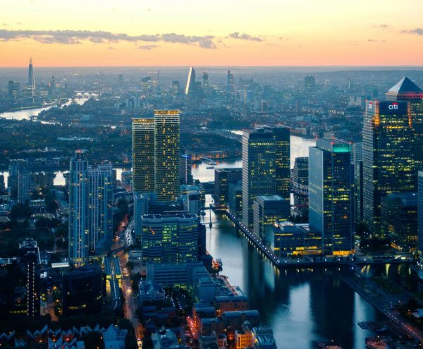 Wardian - London's' most exciting luxury development. A truly visionary residence. Moments from Canary Wharf.
